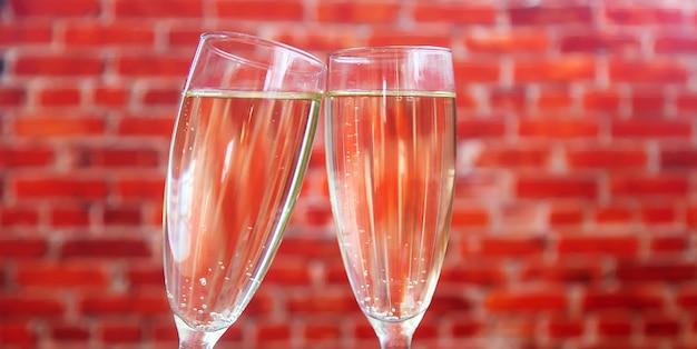 Congratulazioni per la cena romantica di san valentino. Foto Premium
