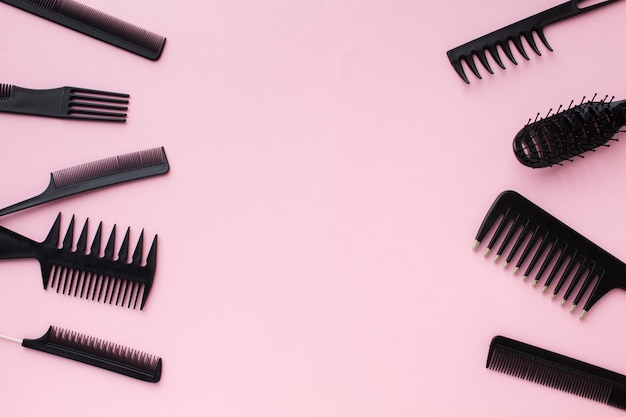 Copia spazio con strumenti per capelli professionali Foto Gratuite