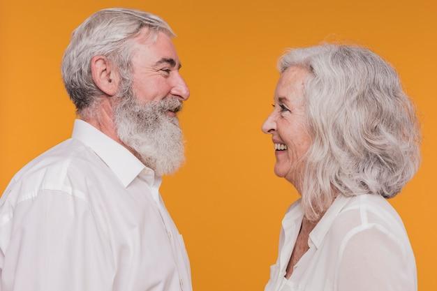 Coppia di anziani Foto Gratuite