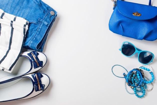 Coprire il set di abiti femminili in stile marino Foto Premium