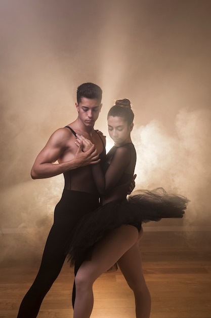 Coreografia classica per balletto medio Foto Gratuite