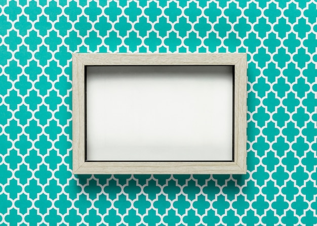 Cornice mock-up con sfondo colorato Foto Gratuite