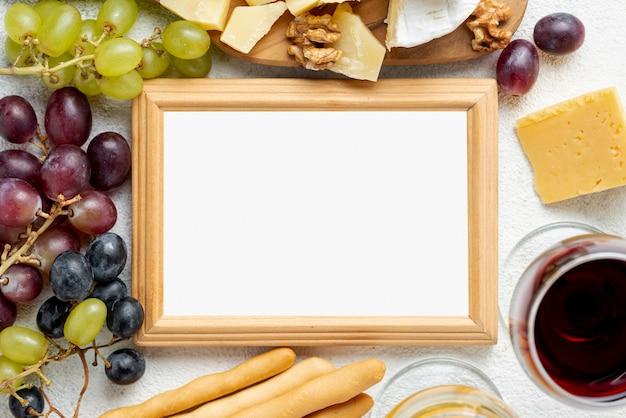Cornice vista dall'alto di glassa e formaggio Foto Gratuite