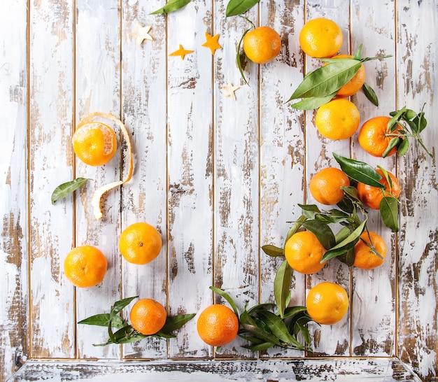 Corona di natale con mandarini Foto Premium