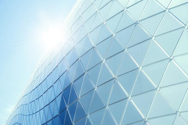 Costruzione di strutture in alluminio triangolo geometria sulla facciata di moderna architettura urbana Foto Premium