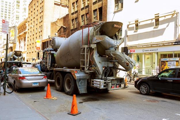 Costruzioni stradali e lavori stradali a manhattan Foto Premium