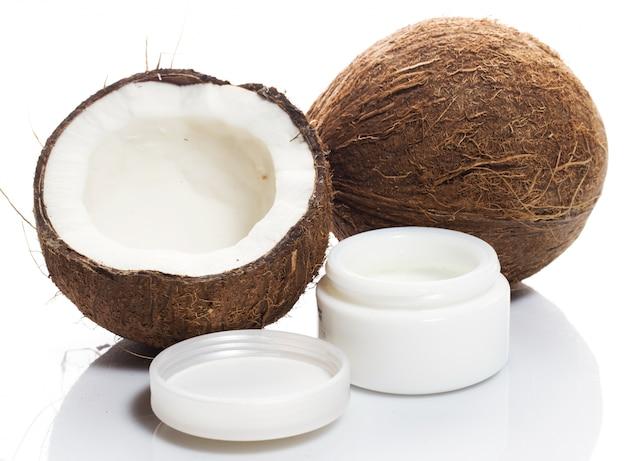 Crema di cocco e crema idratante Foto Premium