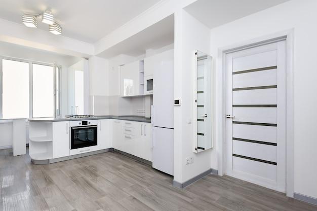 Cucina bianca moderna Foto Premium