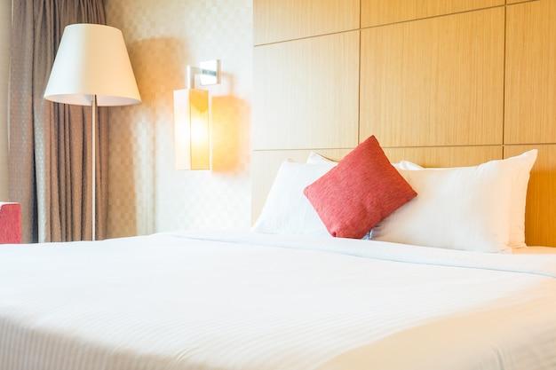 Cuscino della camera da letto Foto Gratuite