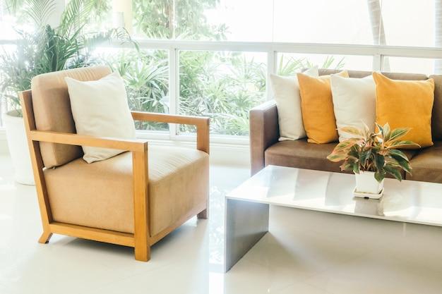 Cuscino sul divano Foto Gratuite