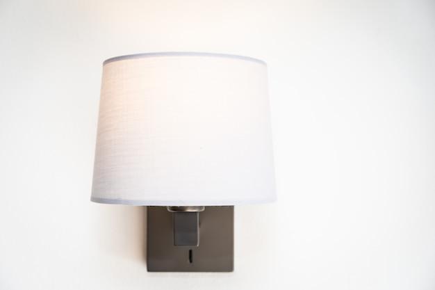 Decorazione della lampada leggera all'interno della stanza Foto Gratuite