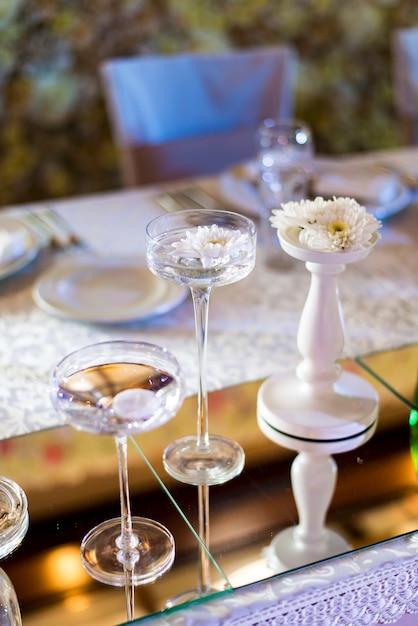 Decorazione della tavola di nozze Foto Premium