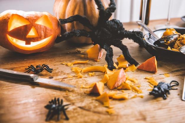 Decorazione di zucche di halloween Foto Premium