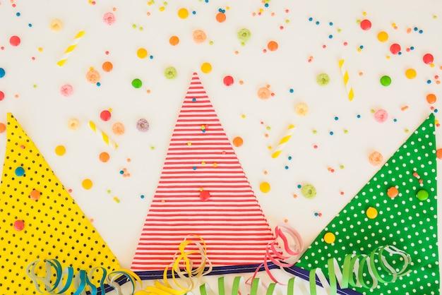 Decorazioni colorate di compleanno Foto Gratuite