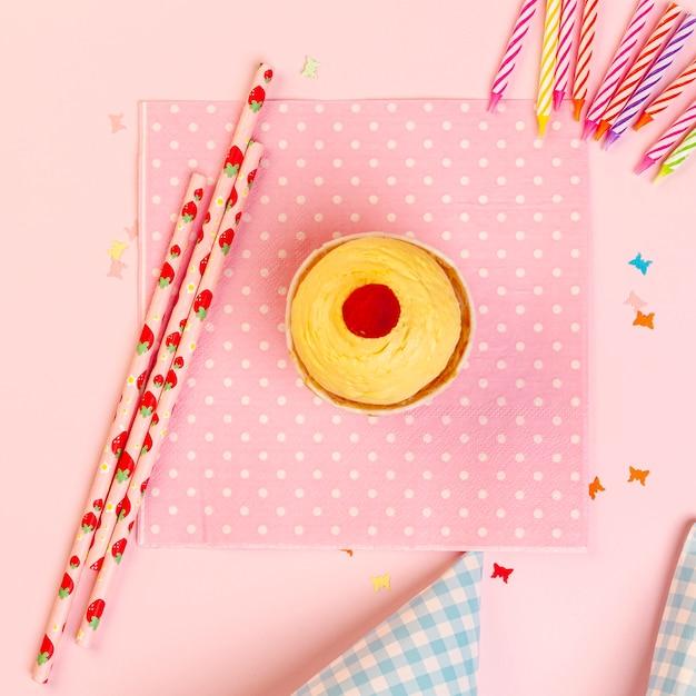 Decorazioni e accessori per il compleanno perfetti Foto Gratuite