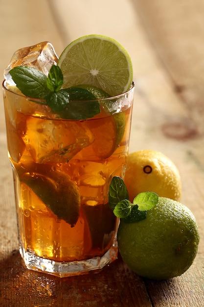 Delizioso tè freddo Foto Gratuite