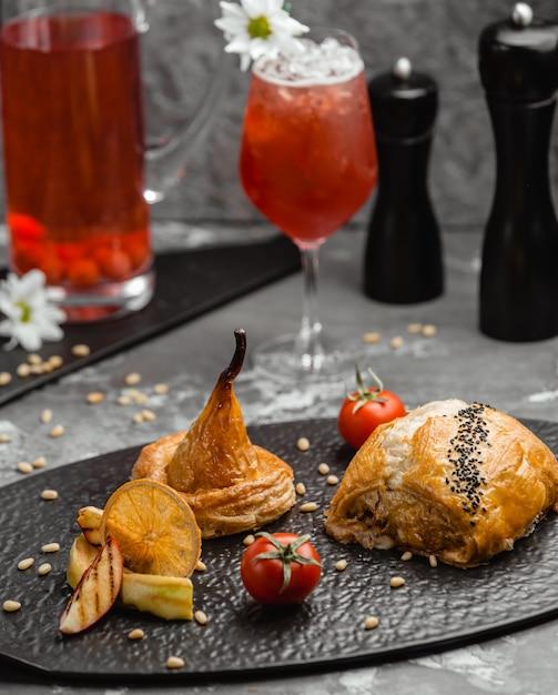 Dessert di mele pasta sfoglia Foto Gratuite