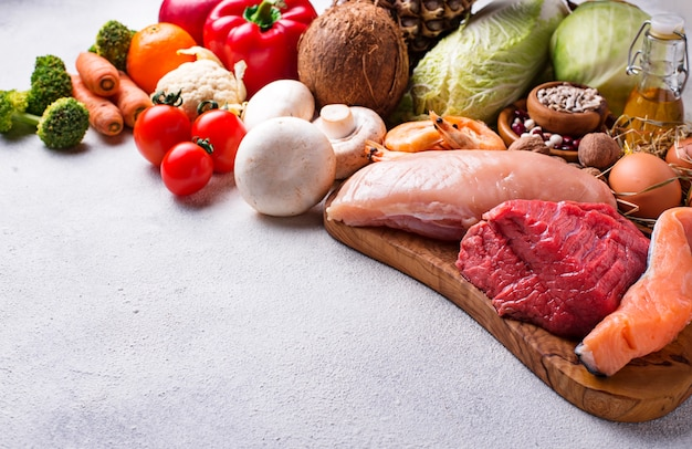 Dieta pegan prodotti paleo e vegani Foto Premium