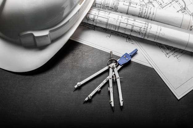 Disegni di pianificazione della costruzione su fondo nero Foto Premium