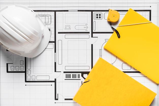 Disposizione piana di disposizione degli elementi architettonici su priorità bassa bianca Foto Gratuite