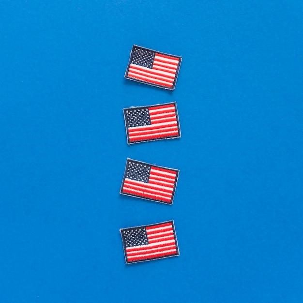 Distintivi con bandiere usa Foto Gratuite