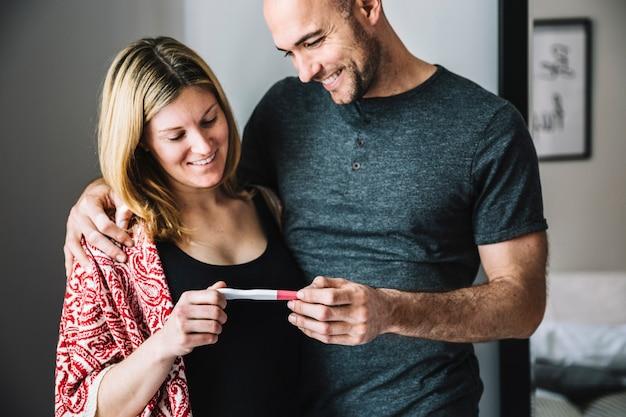 Incinta e dating guardare gratis online