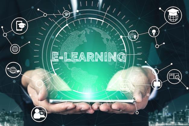 E-learning per studenti e università concetto Foto Premium