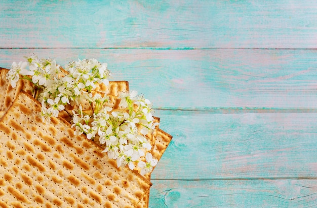 Ebraismo religioso sulla ebraica matza pasqua Foto Premium