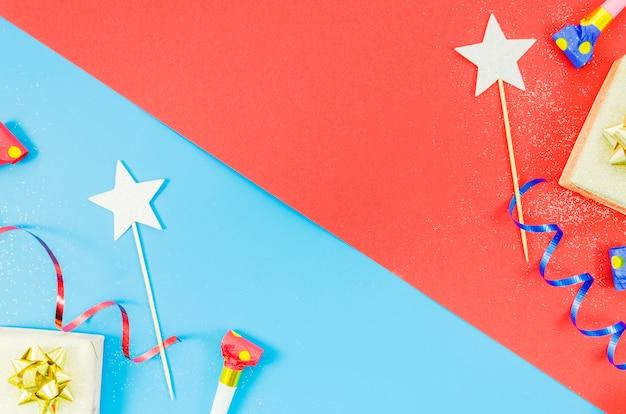Elementi decorativi colorati di compleanno Foto Gratuite