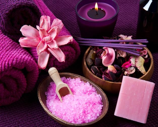 Elementi spa in rosa Foto Premium