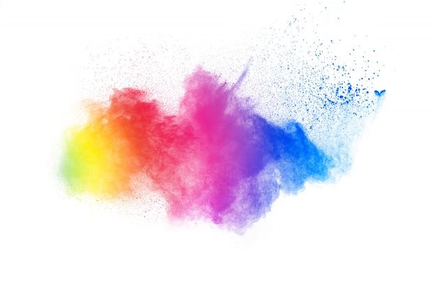 Esplosione di polvere di colore astratto su priorità bassa bianca. movimento di velocità della spruzzata di polvere Foto Premium