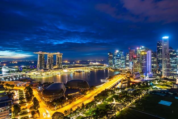 Esterno di costruzione di bella architettura della città di singapore Foto Gratuite