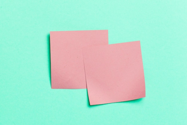 Etichetta. adesivi di carta per le note Foto Premium