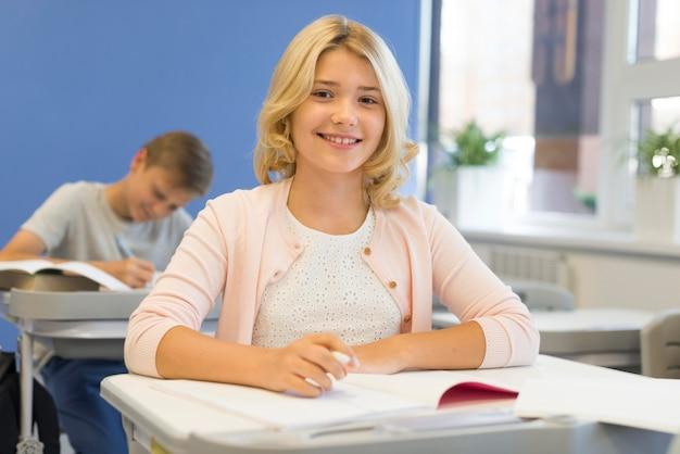 Faccina a scuola Foto Gratuite
