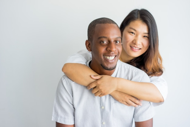 Interrazziale dating donna nero uomo bianco Dating scena a Georgetown
