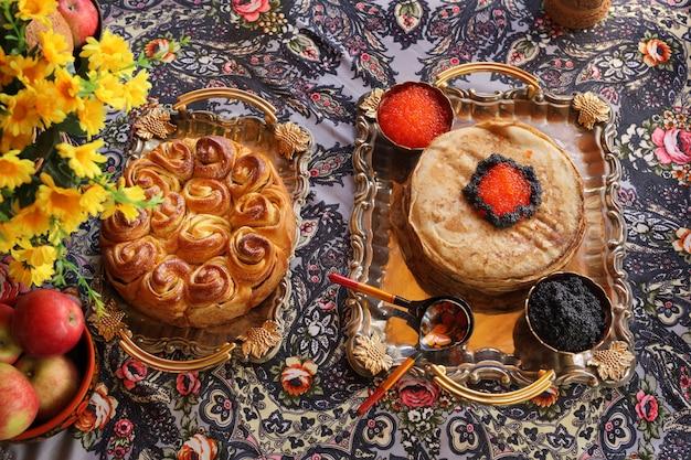 Festa in stile russo. Foto Premium