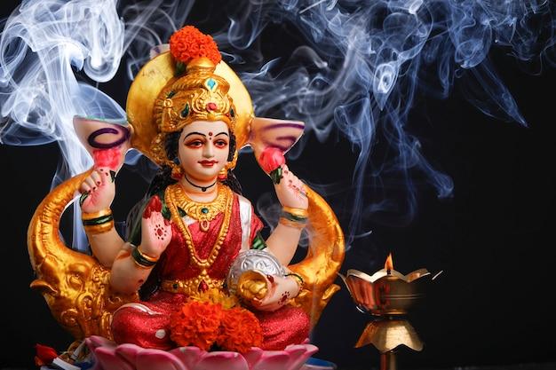 Festival indiano diwali, laxmi pooja Foto Premium
