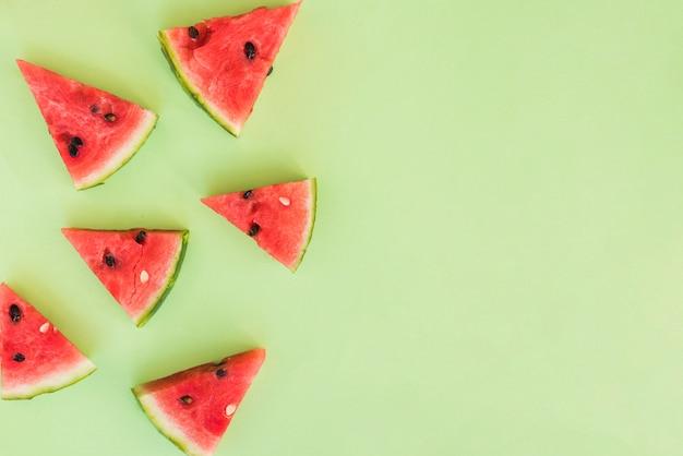 Fette di frutta rossa fresca Foto Gratuite
