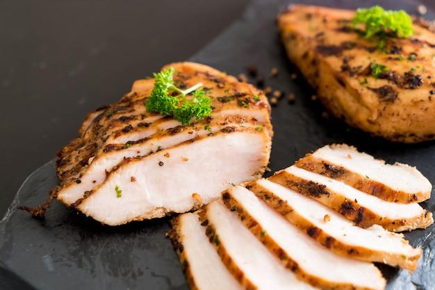 Filetti di pollo alla griglia Foto Premium