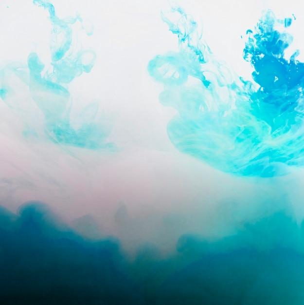 Flusso luminoso di foschia blu Foto Gratuite