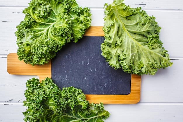 Foglie di cavolo verde insalata Foto Premium