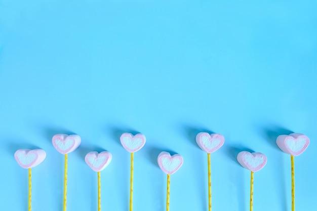 Fondo sveglio della caramella gommosa e molle, fondo della caramella gommosa e molle del cuore Foto Premium