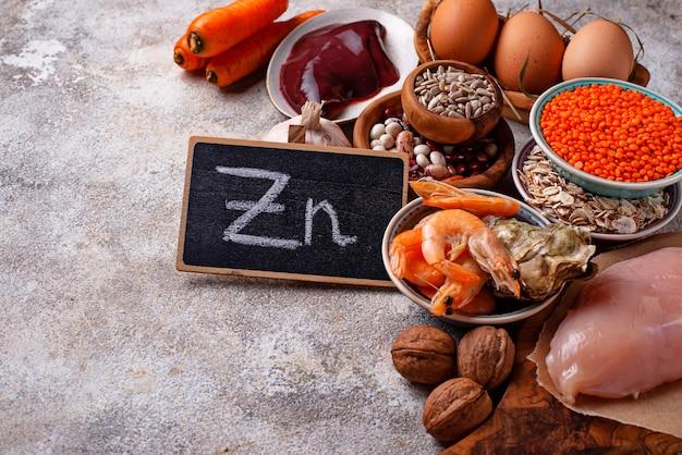 Fonti di prodotto salutari di zinco. Foto Premium