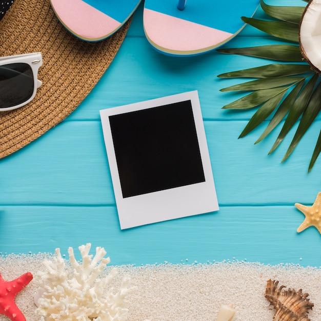Foto di polaroid piatta laici con il concetto di vacanza Foto Gratuite