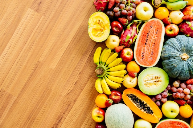Frutta assortita e mista Foto Gratuite