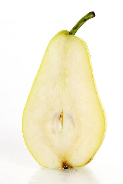 Frutta fresca e umida di pera Foto Gratuite