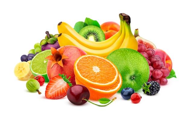 Frutti di ttropical isolati su bianco Foto Premium