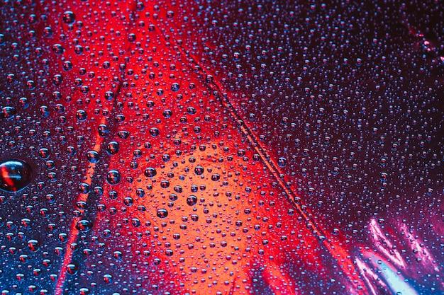 Full frame del modello astratto bolle trasparenti su sfondo luminoso Foto Gratuite