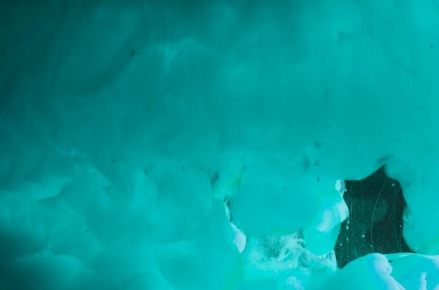 Fumo d'ondeggiamento azzurro denso astratto Foto Gratuite