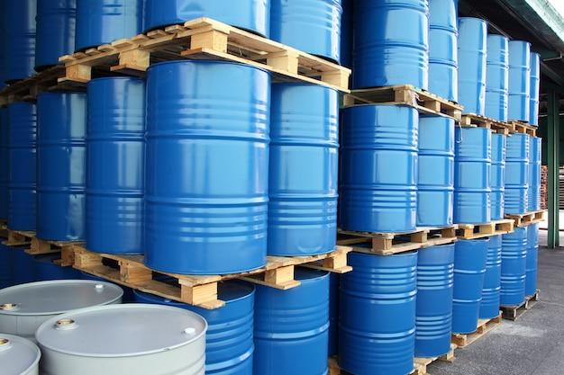 Fusti per liquidi chimici Foto Premium